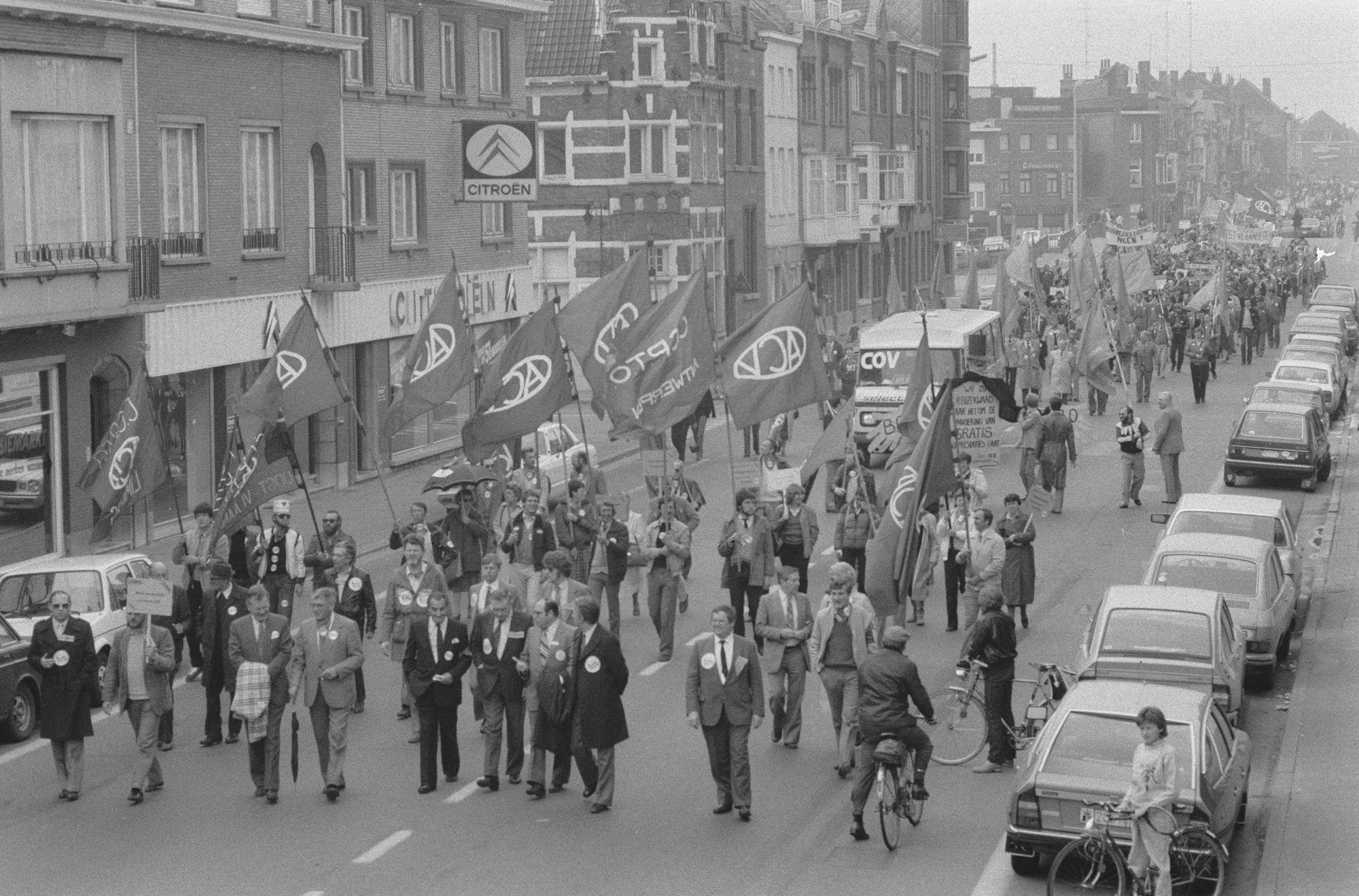 Nationale betoging van de onderwijsvakbonden in april 1982