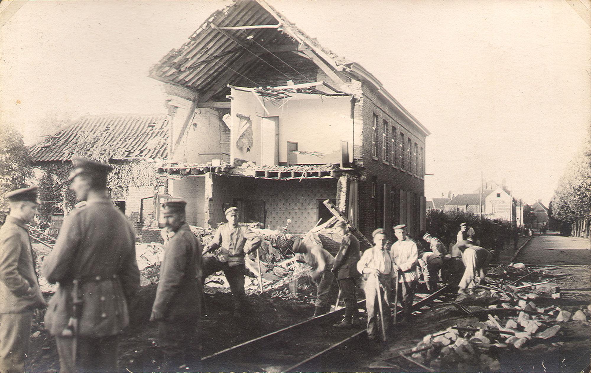 Café 'de tien minuten' in 1918
