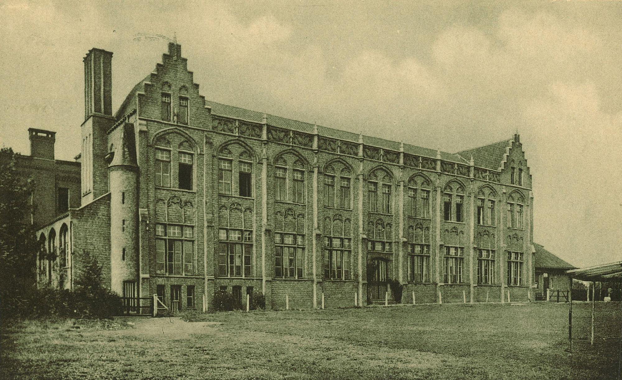 Feestzaal van het Sint-Amandscollege