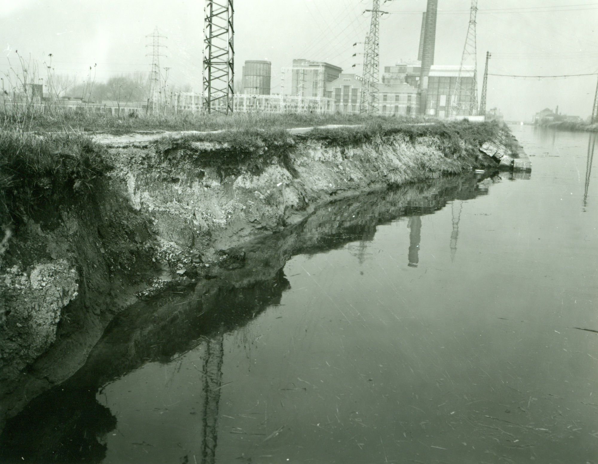 Verbrede kanaal Bossuit-Kortrijk in Zwevegem 1972