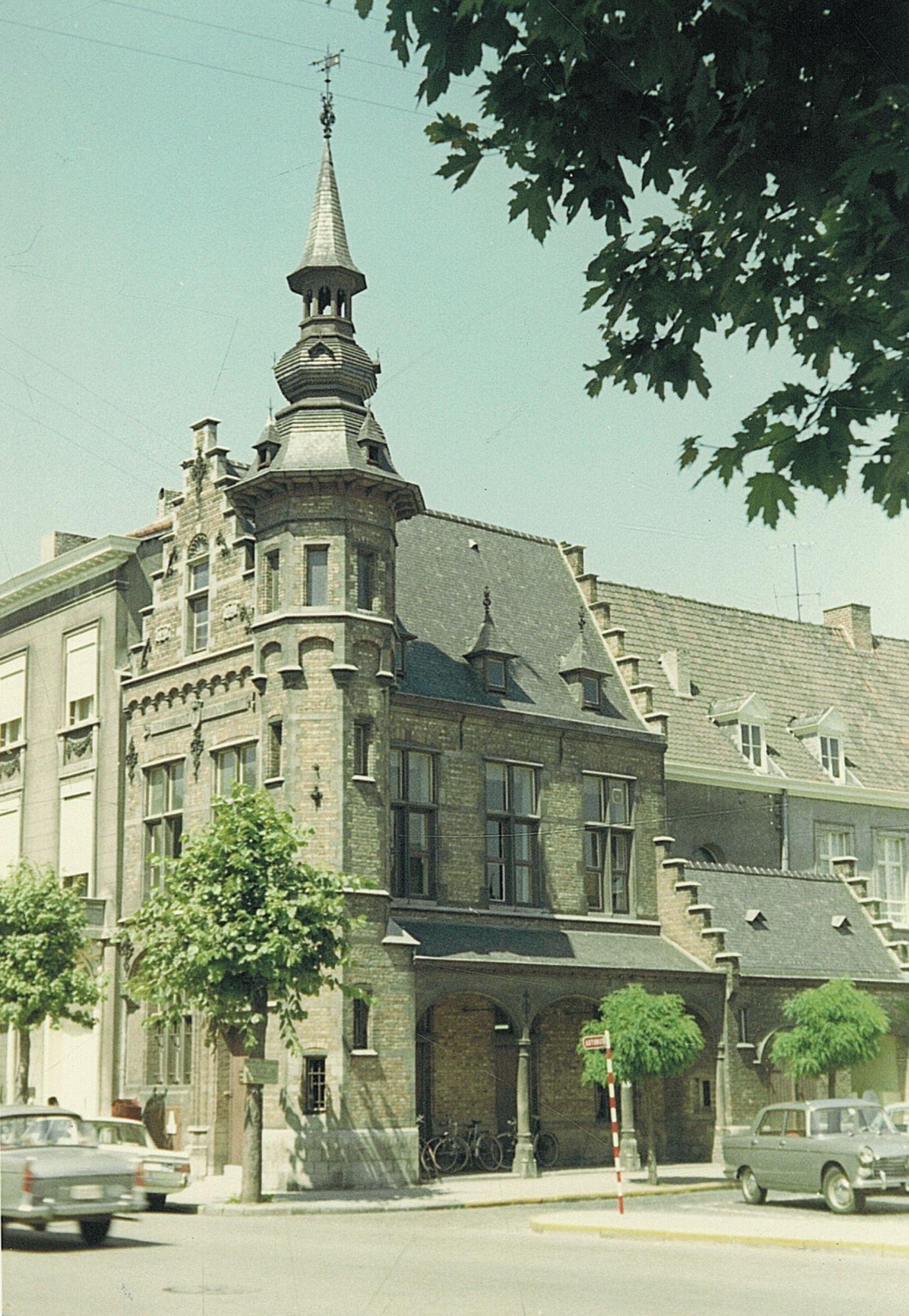 Sint-Michielsplein nr. 5