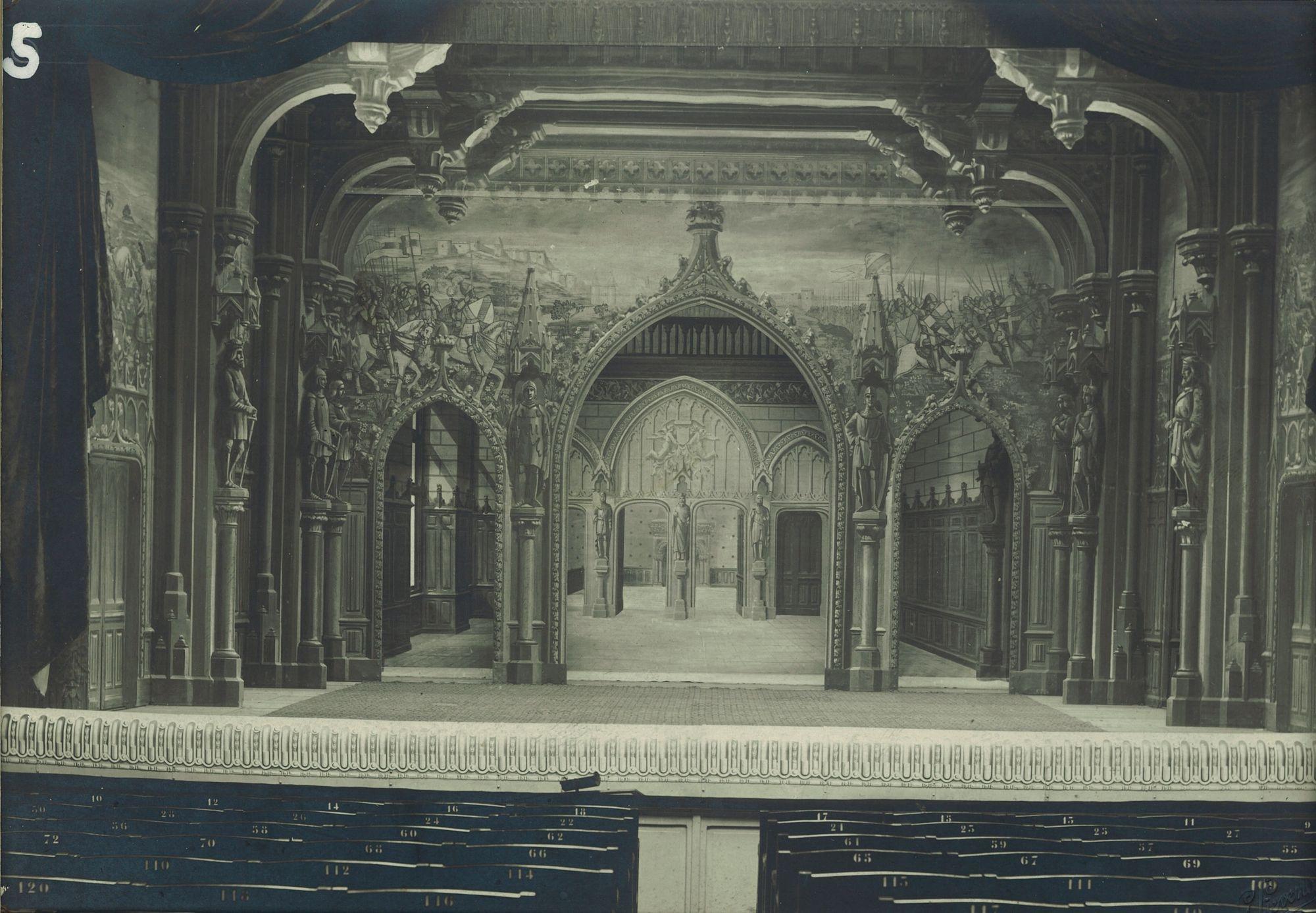 Palais gothique