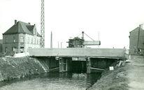 Brug over het Kanaal Bossuit-Kortrijk in de Otegemstraat te Zwevegem 1950