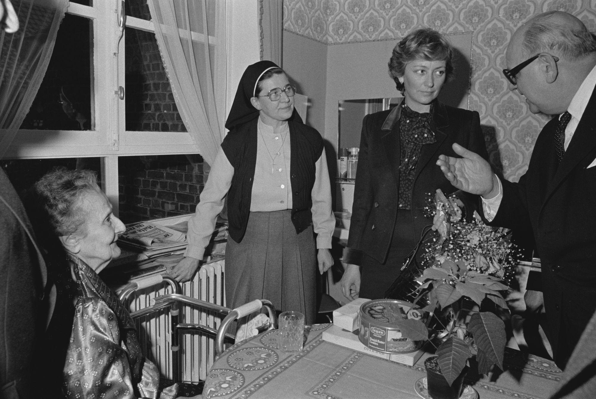 Bezoek prinses Paola in het Heilig-Hart ziekenhuis