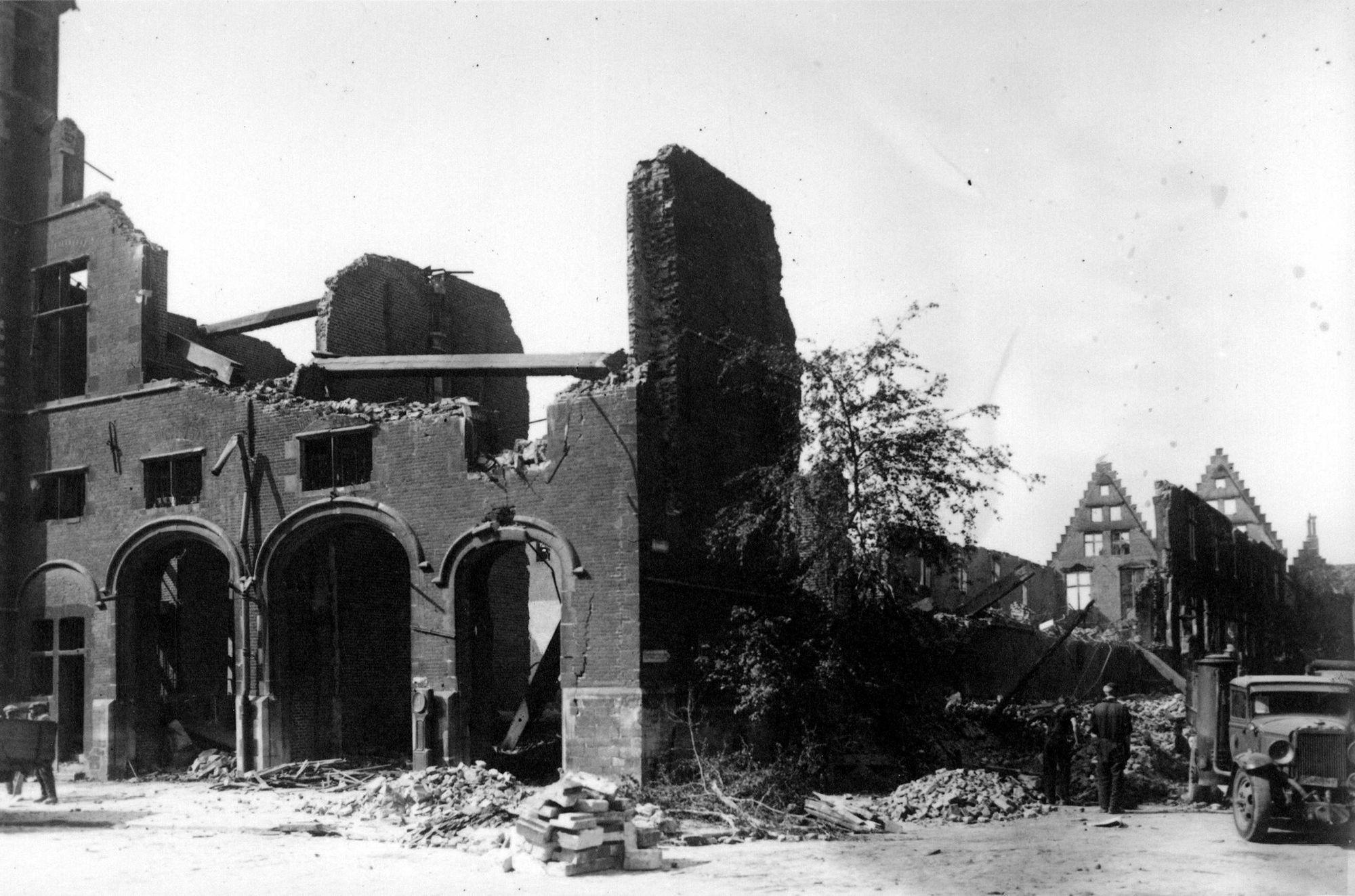 Grote Hallen in 1944