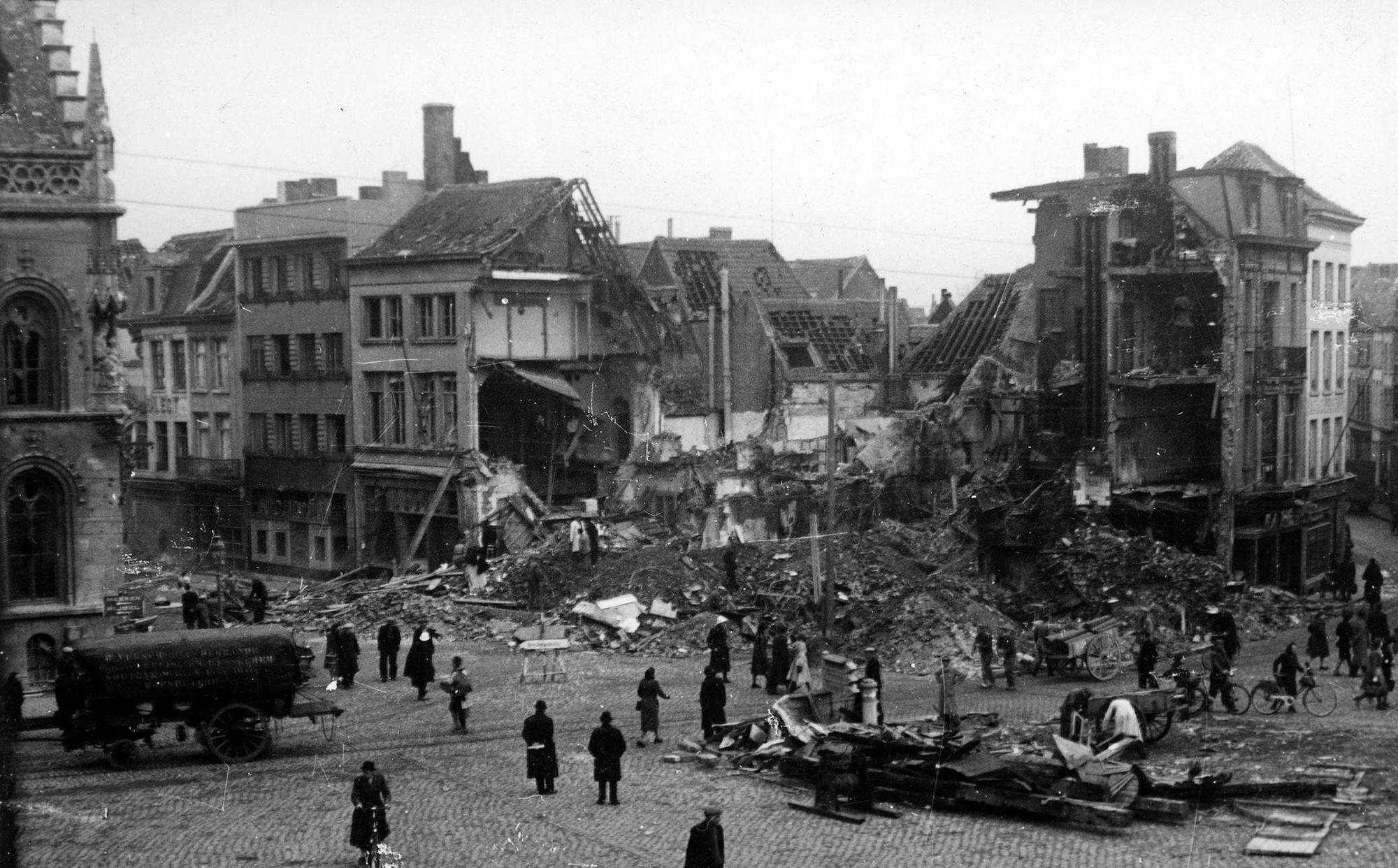 Café 't Katje op de Grote Markt in 1944