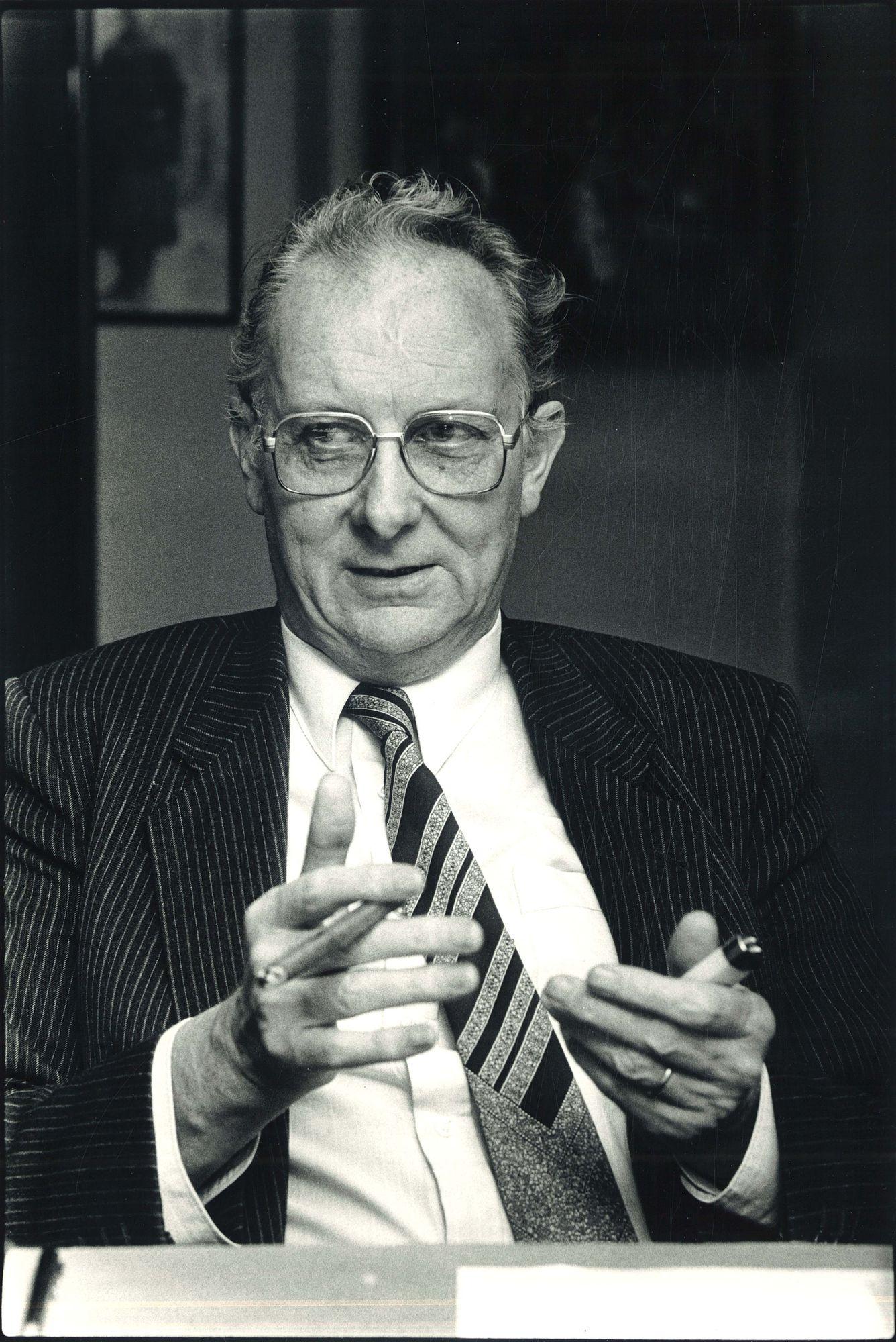 De heer Luc Van Honsebrouck 1986