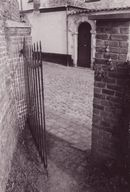 poortje begijnhof.jpg