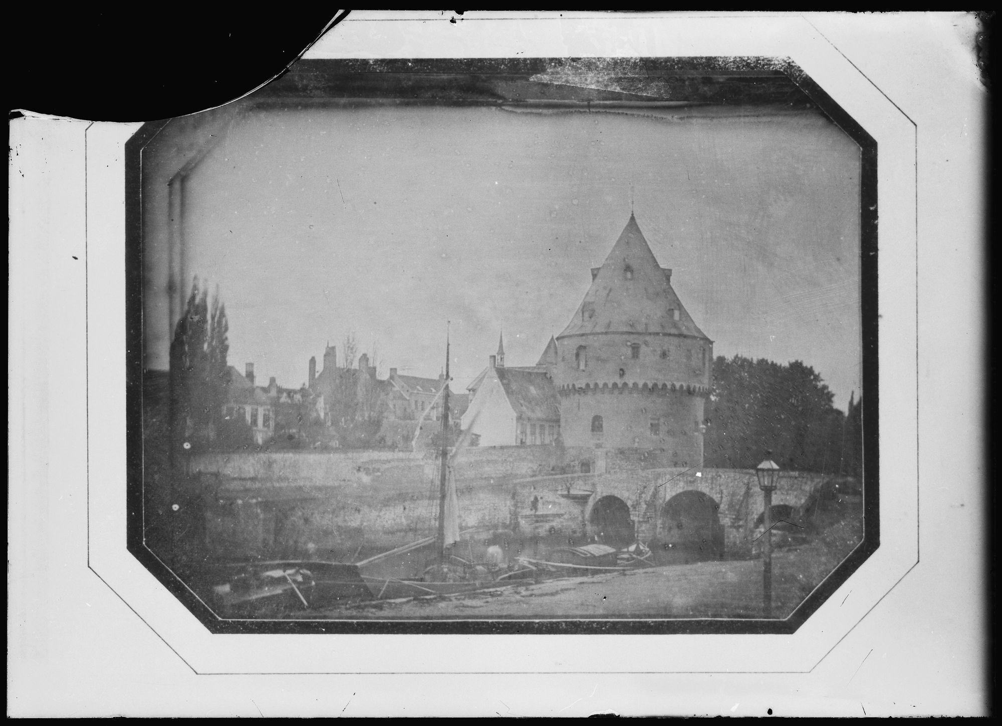 Broelbrug en Broeltoren in 1845
