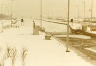 Ijsvorming aan de sluis in Bossuit in de winter van 1985
