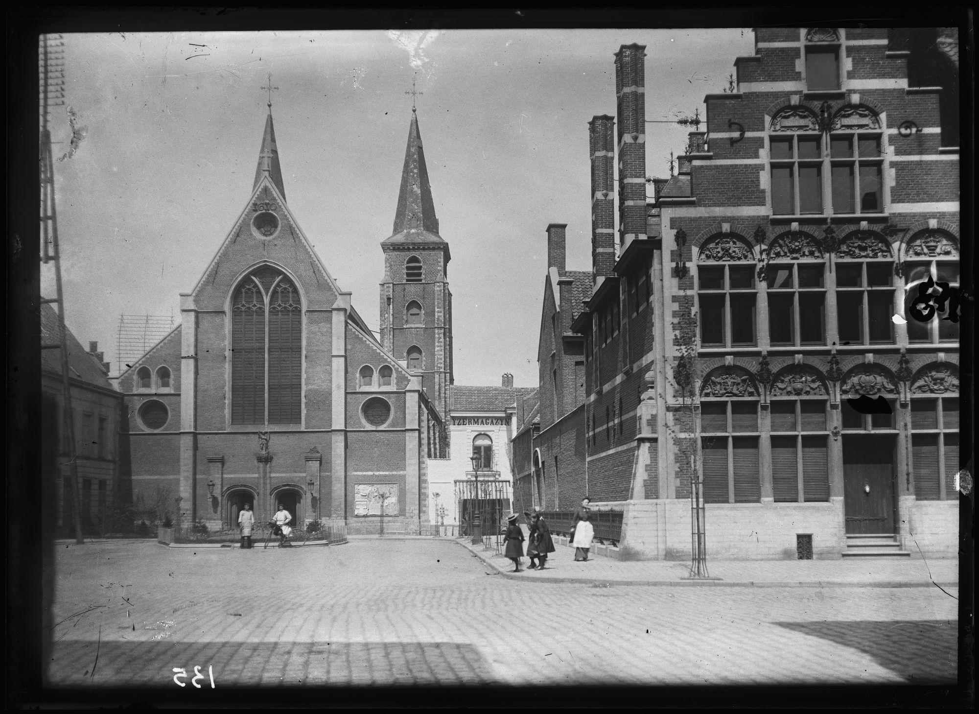 Sint-Michielskerk en Sint-Michielsplein