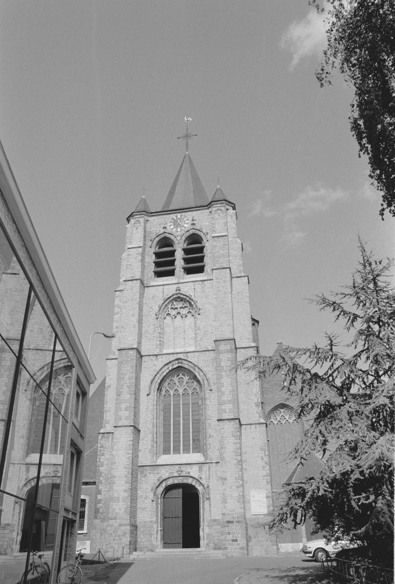 Stadsbeelden: Sint-Eutropiuskerk