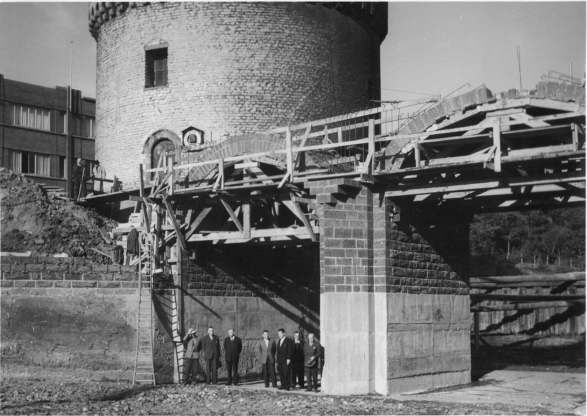 Broeltorens en brug: restauratiewerken 1960