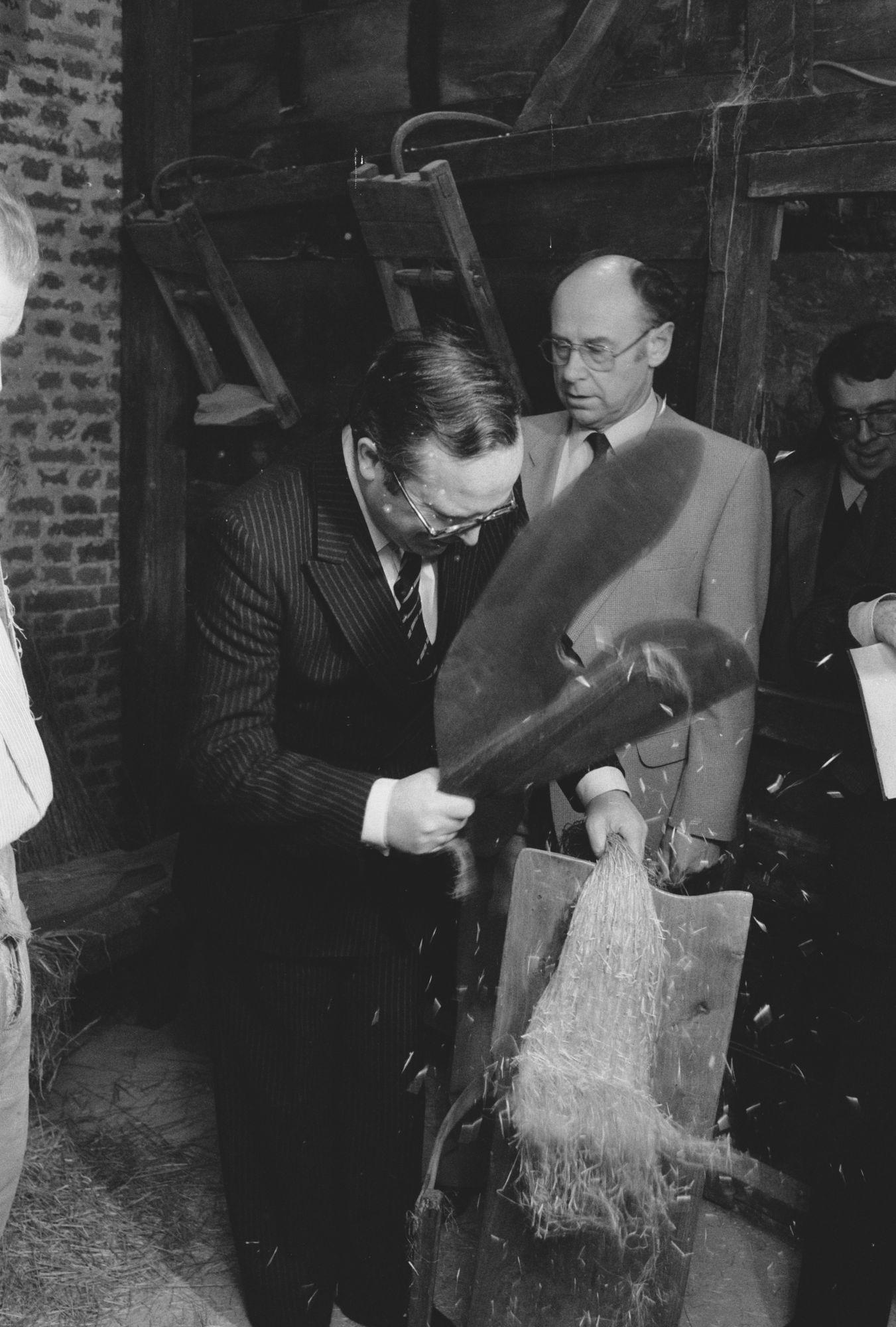 Opening van het vlasmuseum