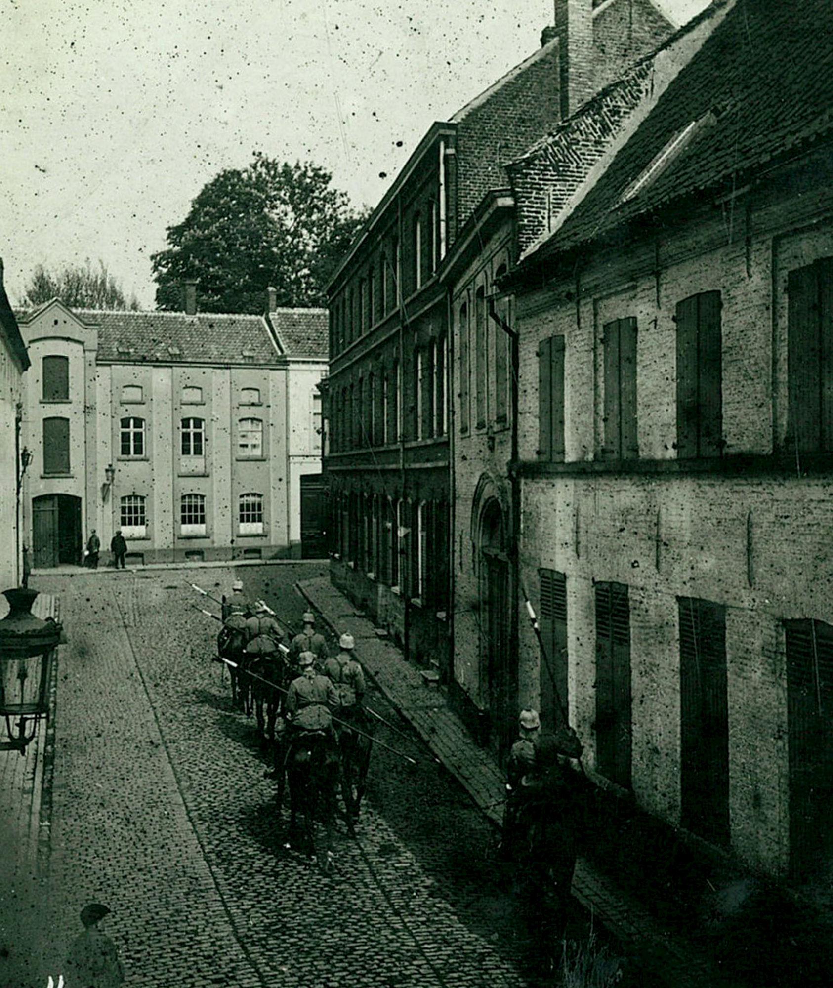 Handboogstraat in 1915