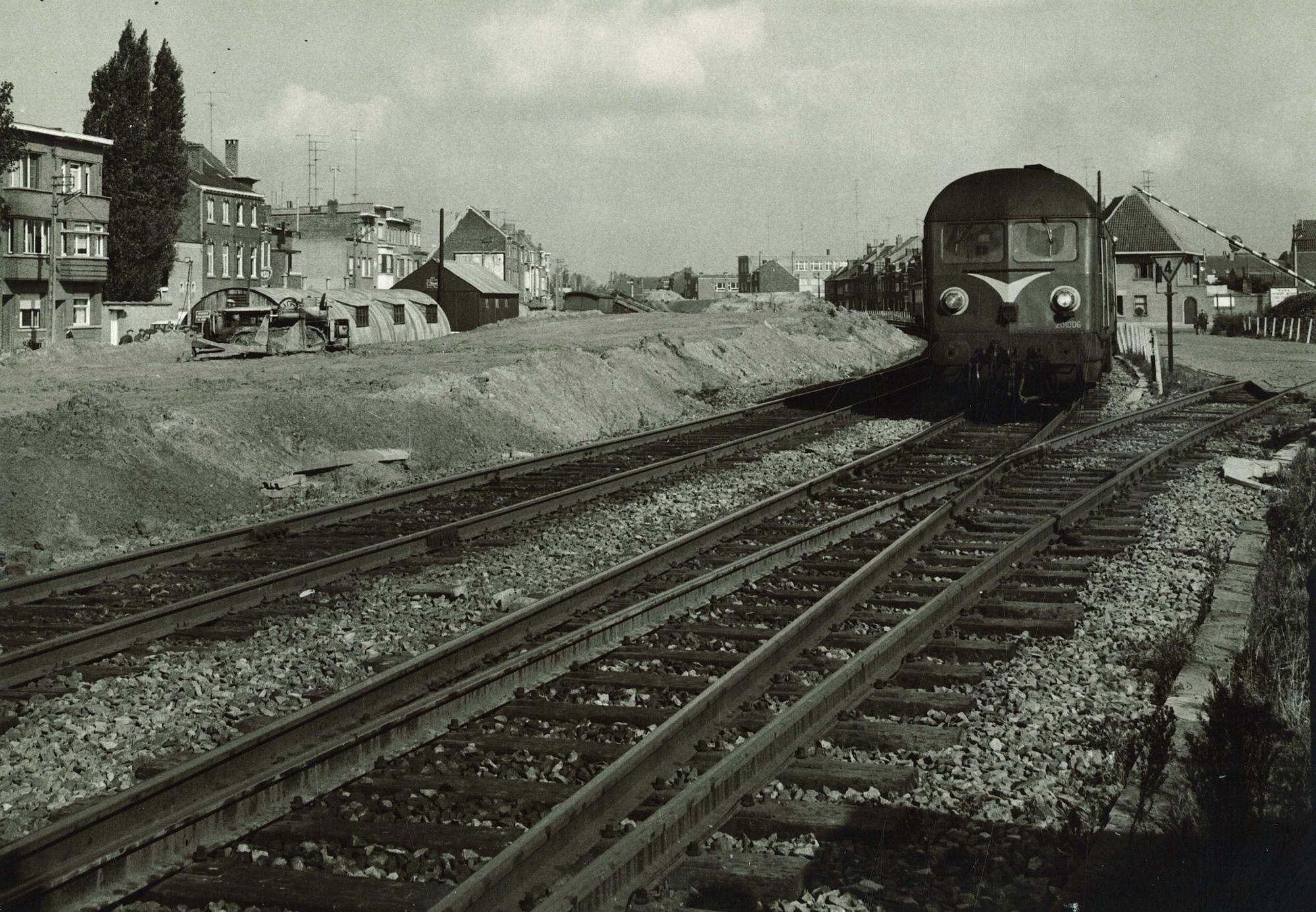 Aanleg spoorwegberm Thedoor Sevenslaan