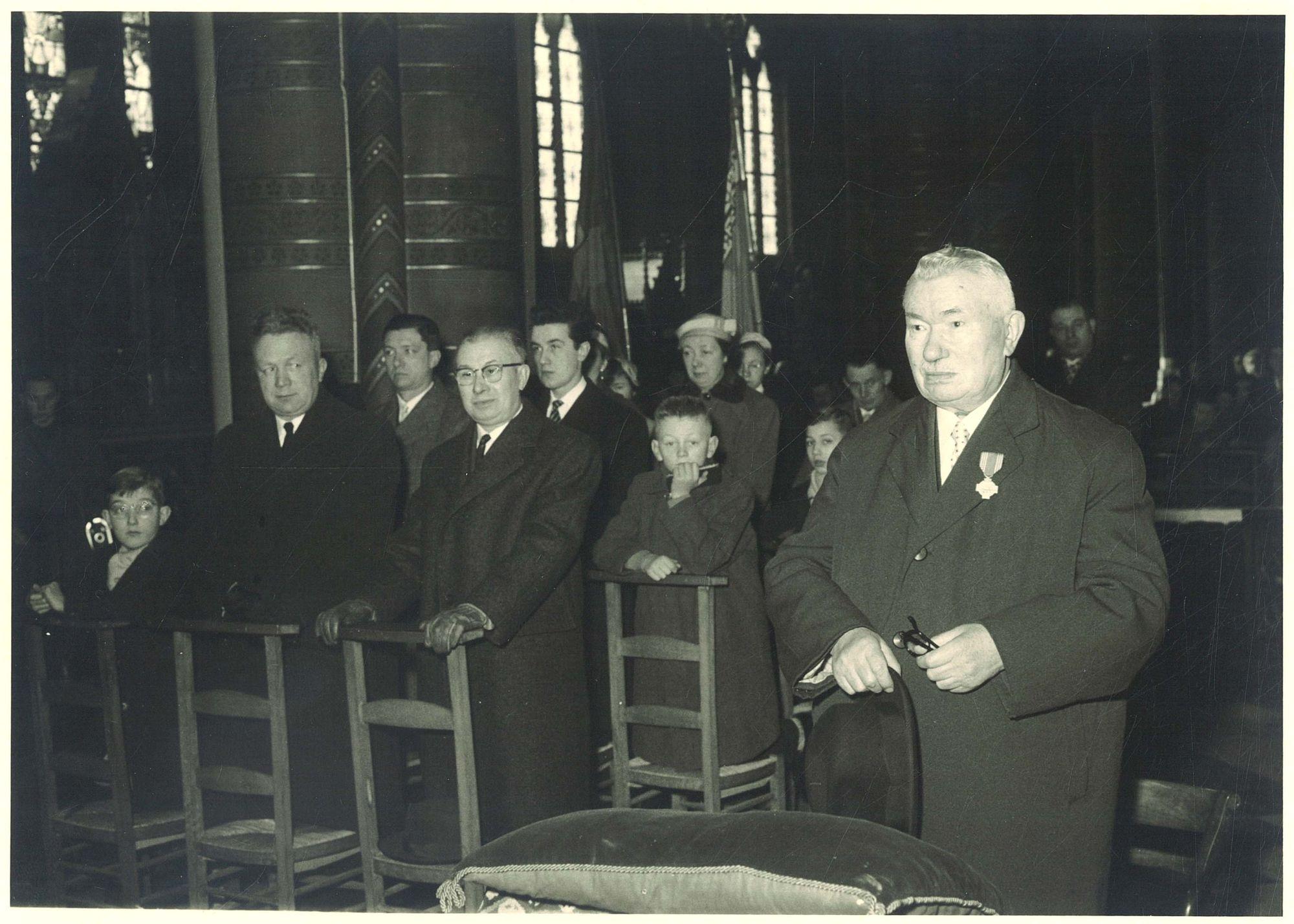Toekenning onderscheidingsteken in de Sint-Elooiskerk
