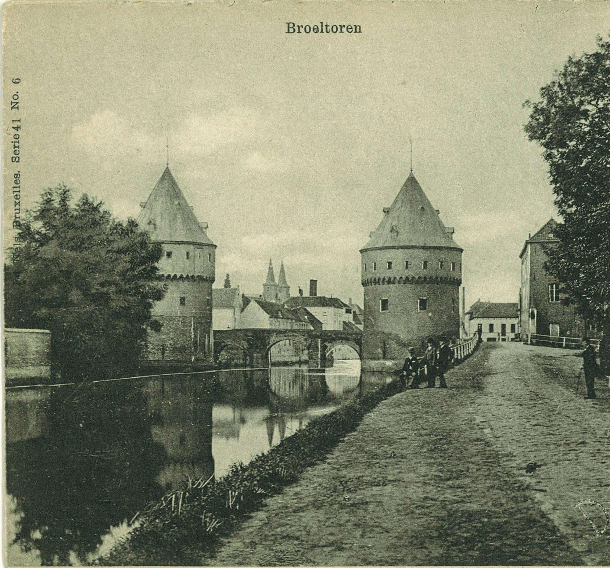 De Broeltorens in het jaar 1900