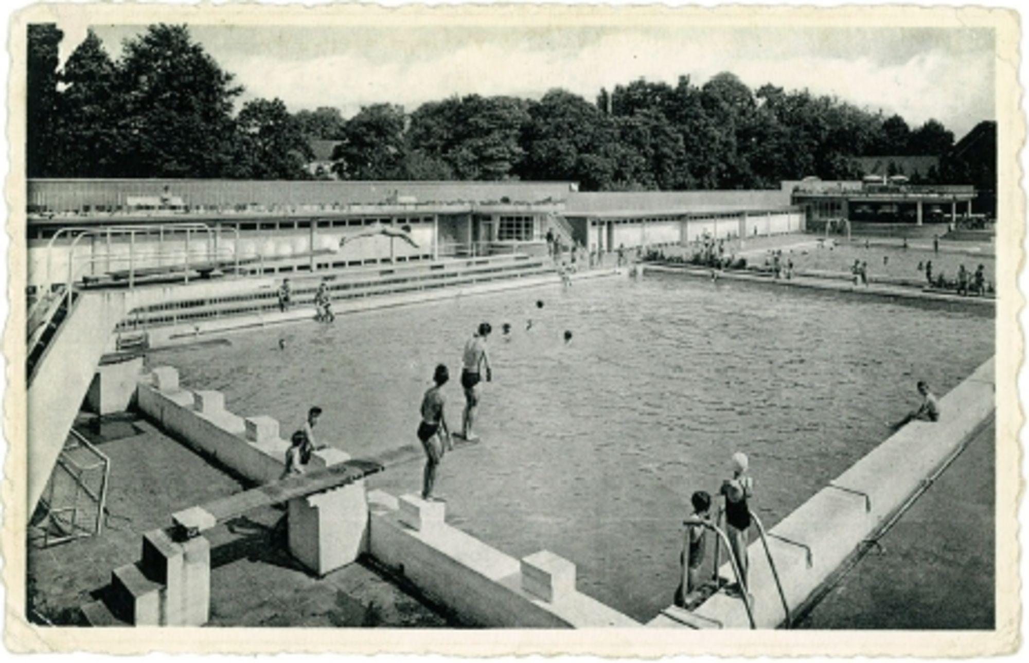 Zwembad aan de Abdijkaai jaren '70