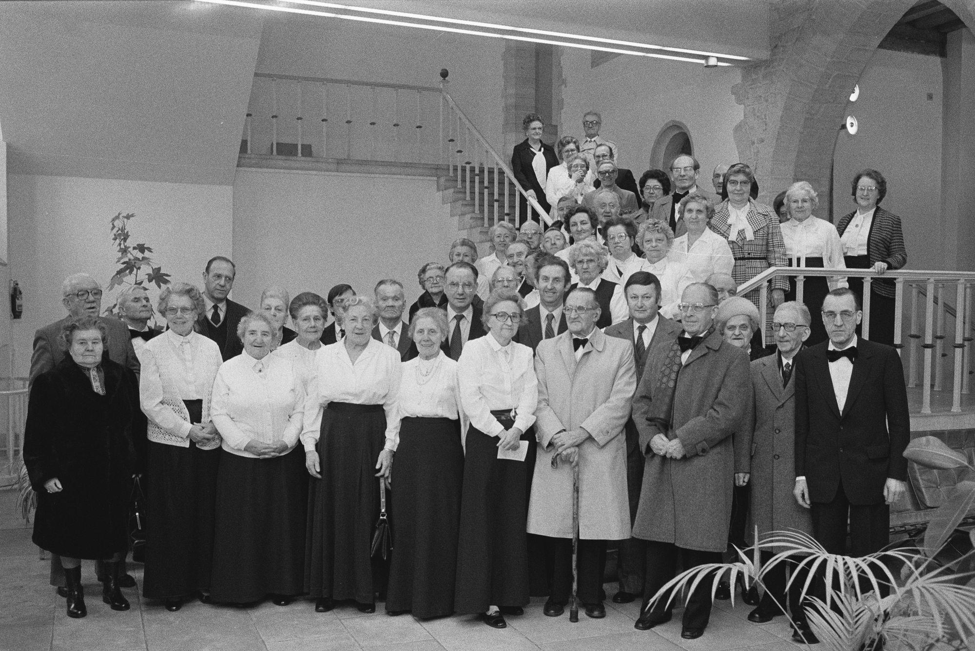 Een koor wordt ontvangen op het stadhuis