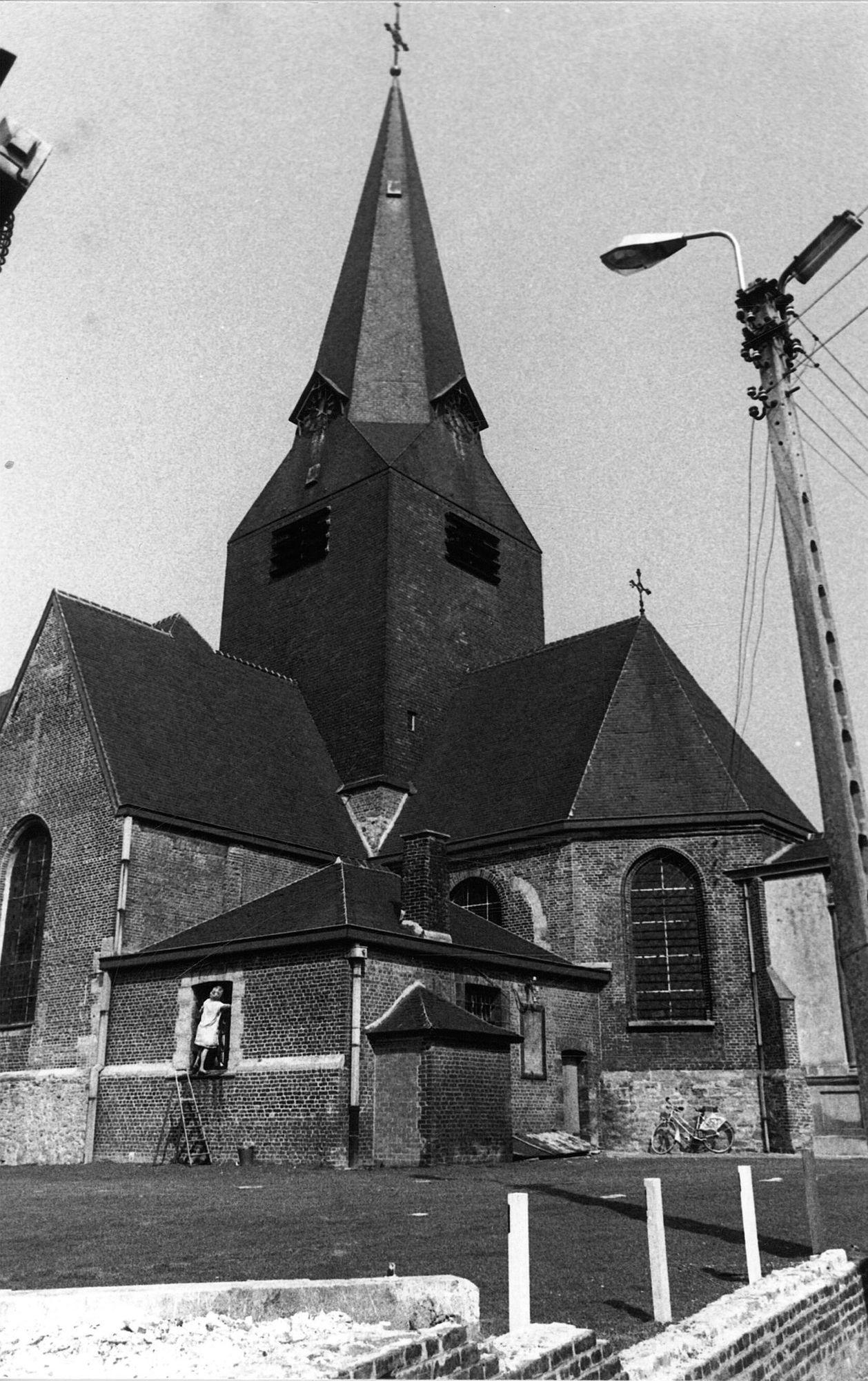 Bellegem Sint-Amanduskerk