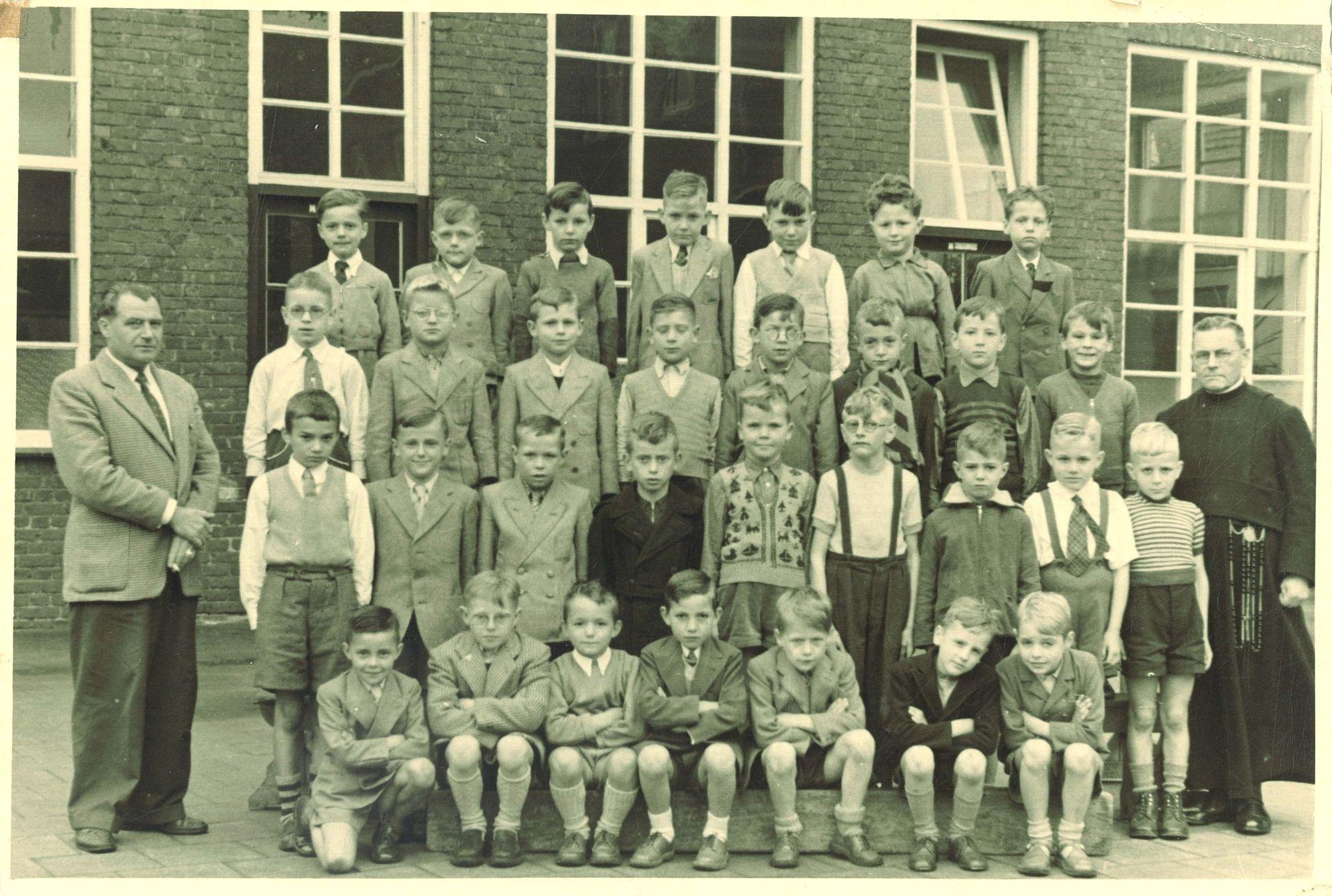 Broederschool Overleie, Klasfoto
