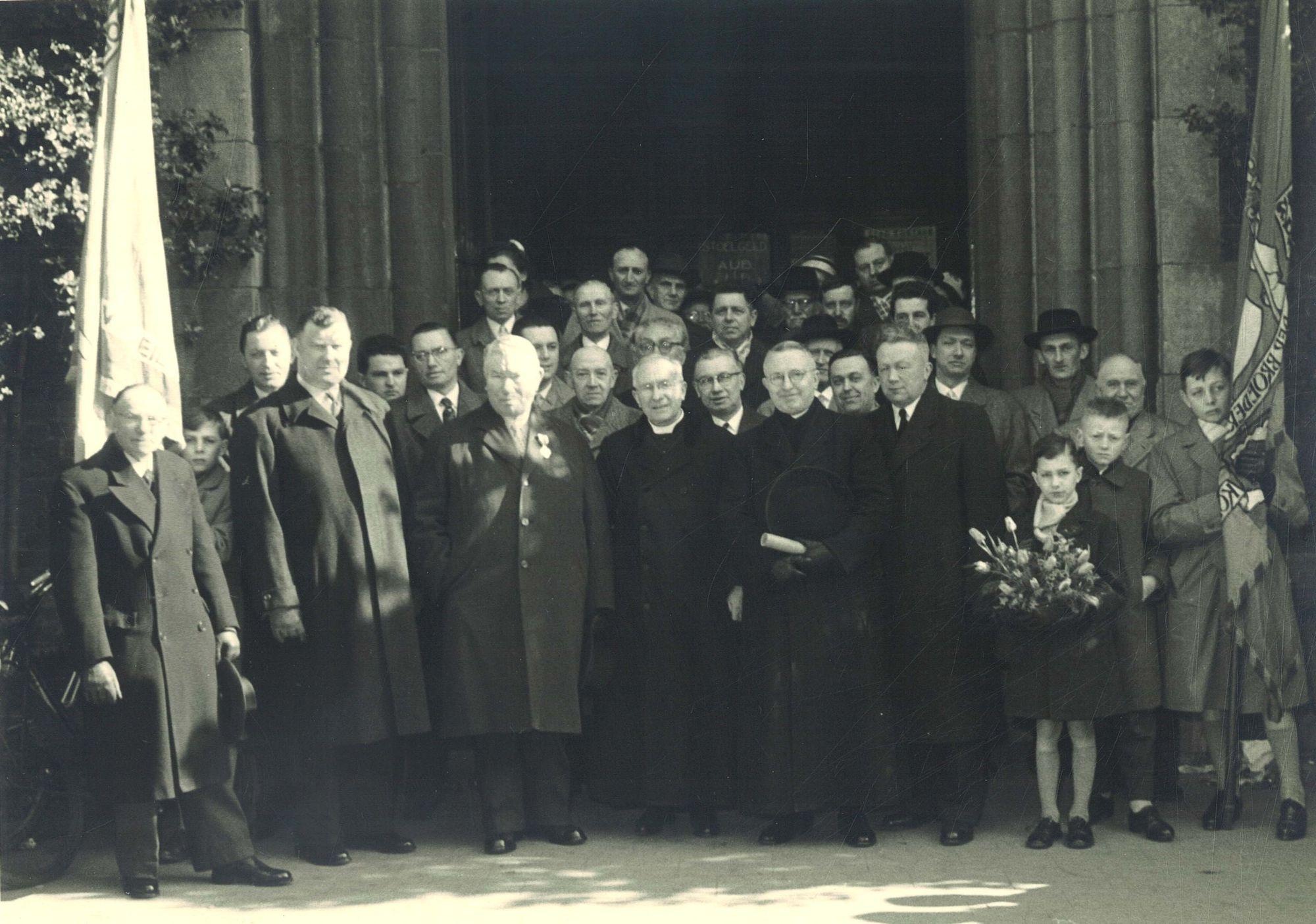 Misviering Albert De Caluwé in de Sint-Elooiskerk