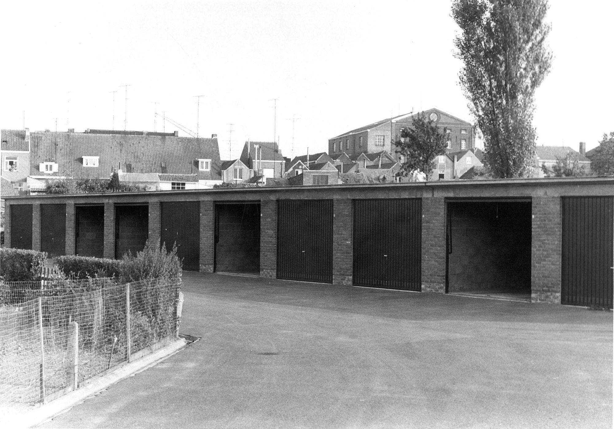 Drie Hofsteden garages 1968