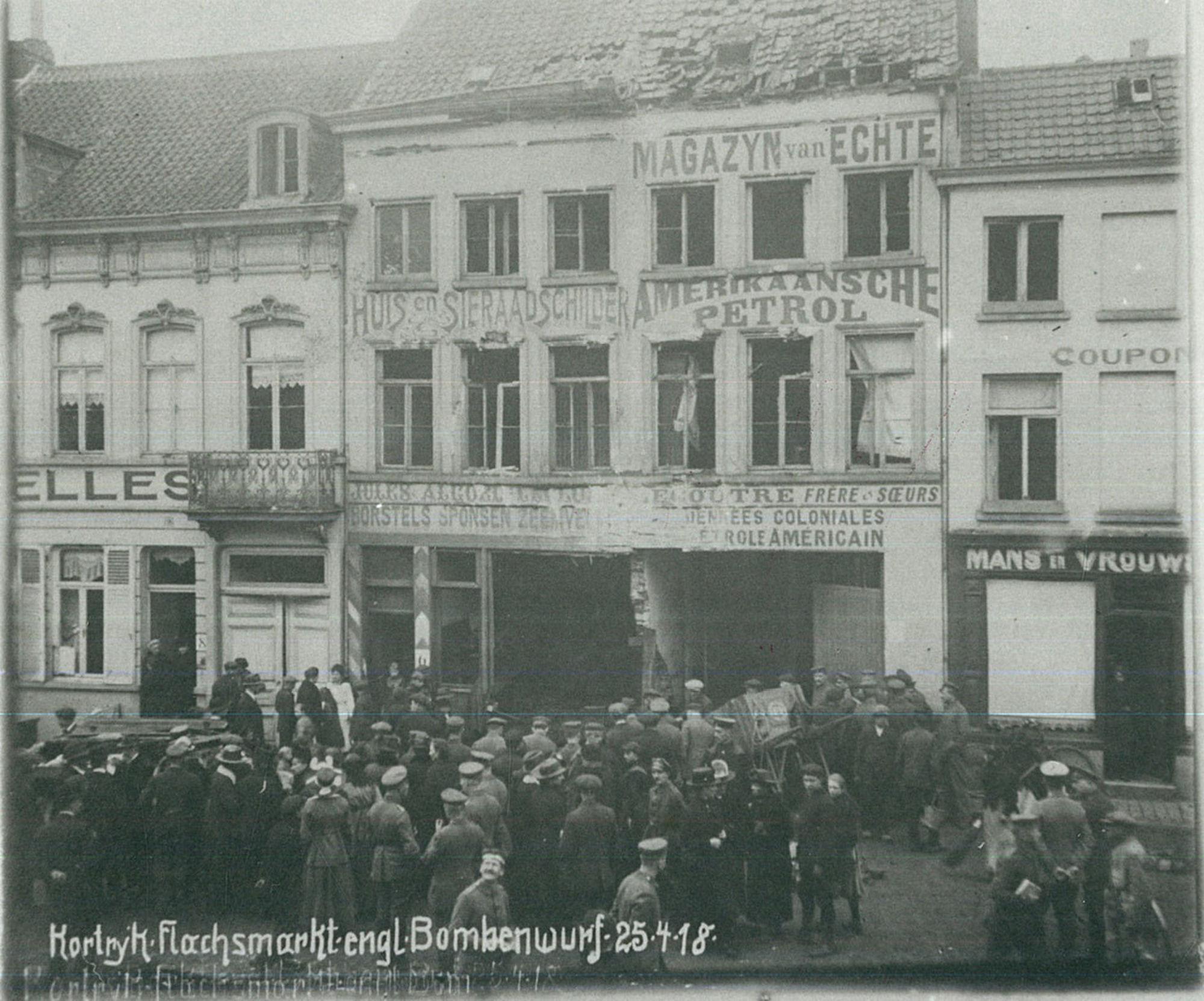 De Vlasmarkt na de bombardementen