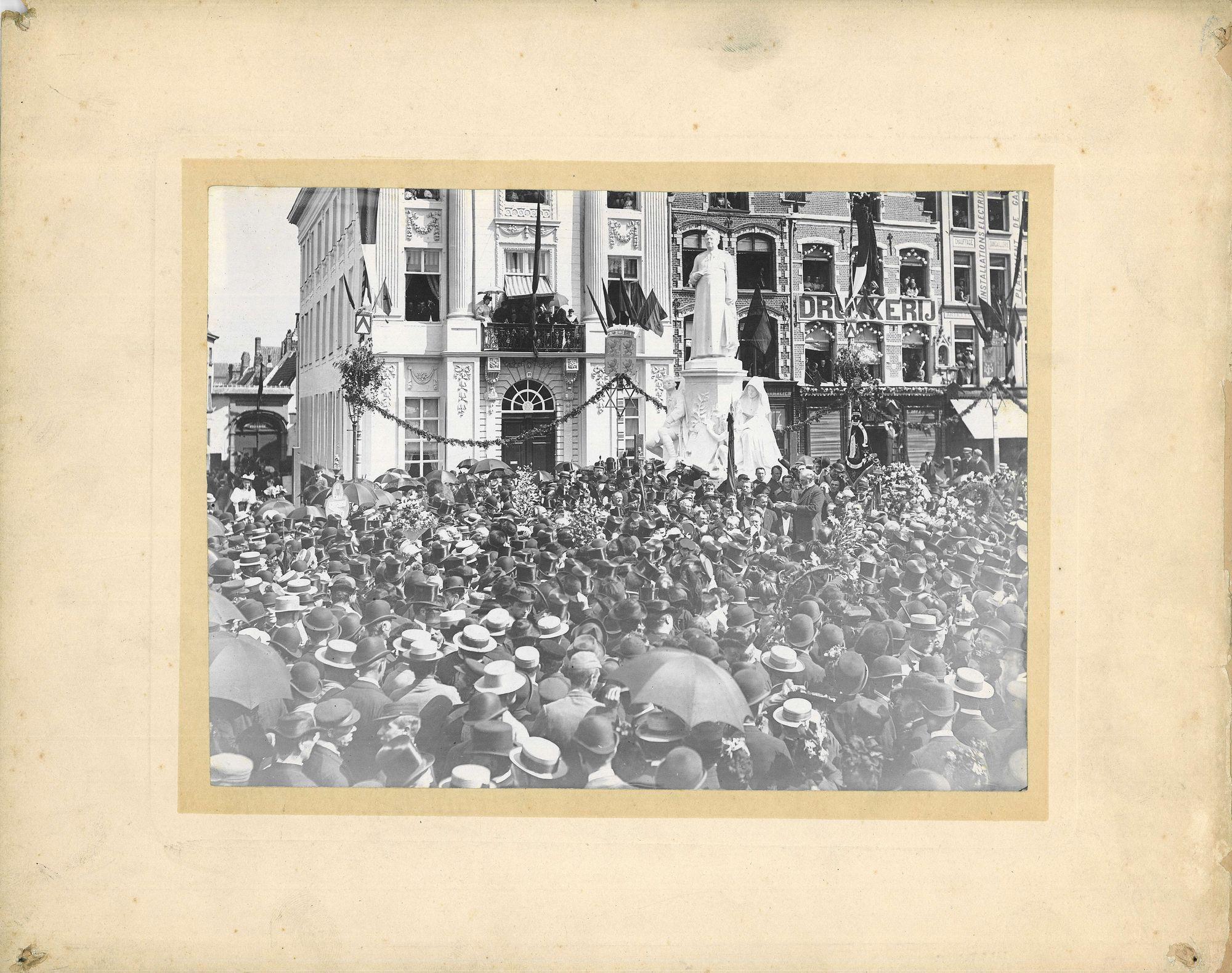 Inhuldiging monument de Haerne in 1895