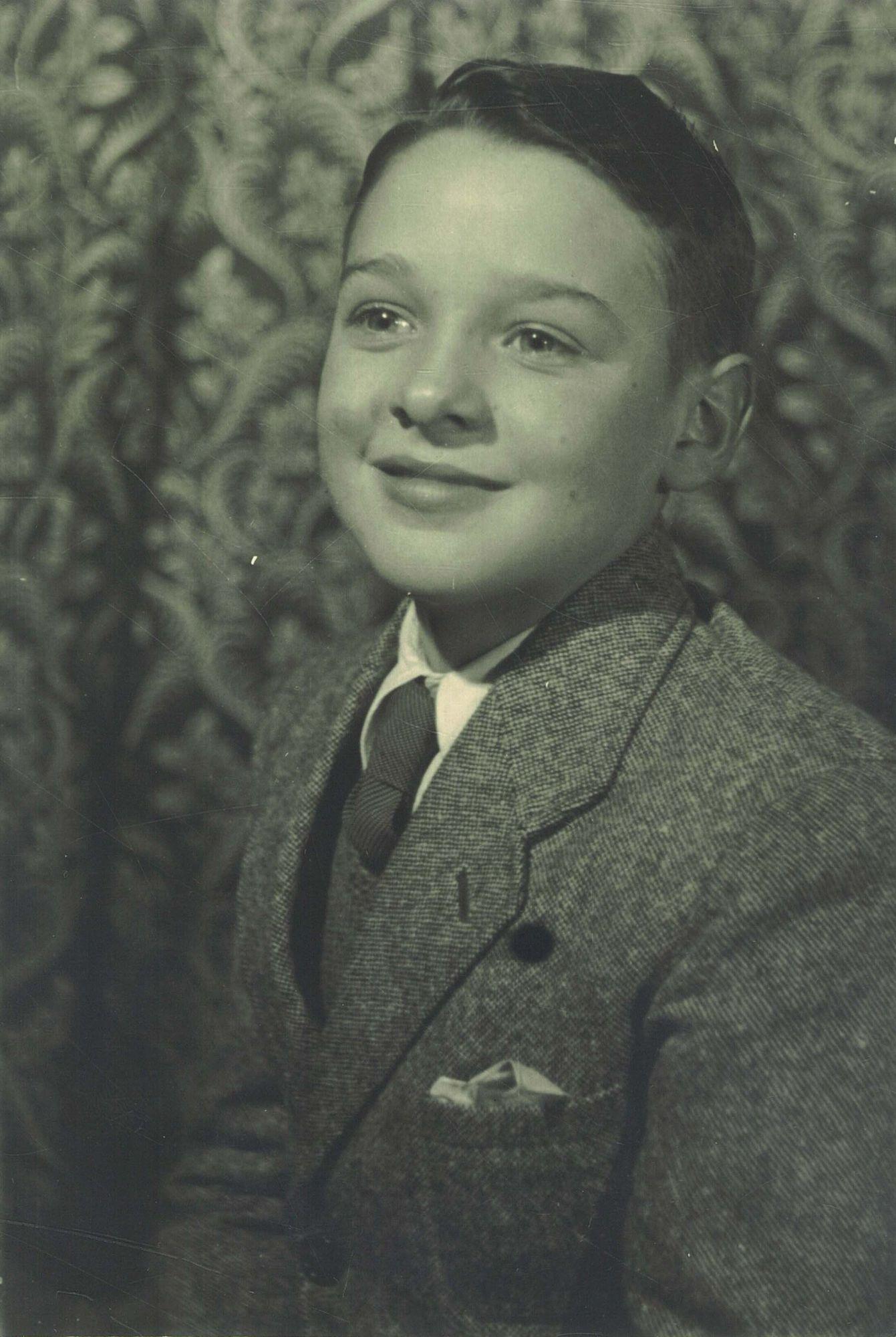 Lucien Verpoort, leerling aan de Broederschool Overleie