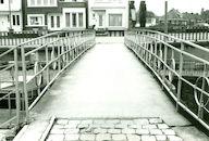 Sluis Nr. 11 op het Kanaal Bossuit-Kortrijk dat uitmondt in de Leie te Kortrijk 1981