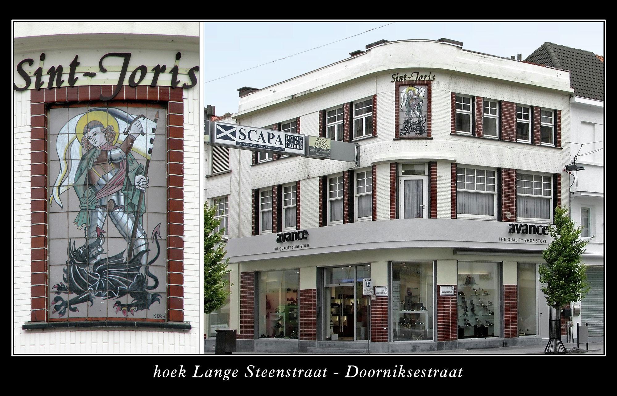 Muurkapel hoek Lange Steenstraat - Doorniksestraat